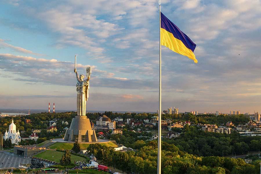Одесса - Киев - Одесса Bees Airline